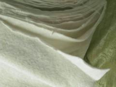 防渗土工布为什么能抗腐蚀?