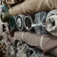 出售高档沙发布料16吨,货在广东3400一吨