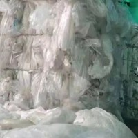 出售纯缠绕膜11吨,上海提,,4200一吨