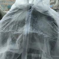 出售白色防护服,2万件左右,一元一件处理