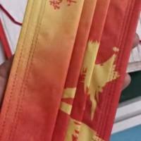 定位口罩,中国红!一天产量超百万